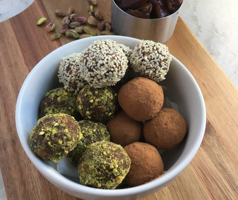 5 Minute Energy Date Balls- 3 Ways