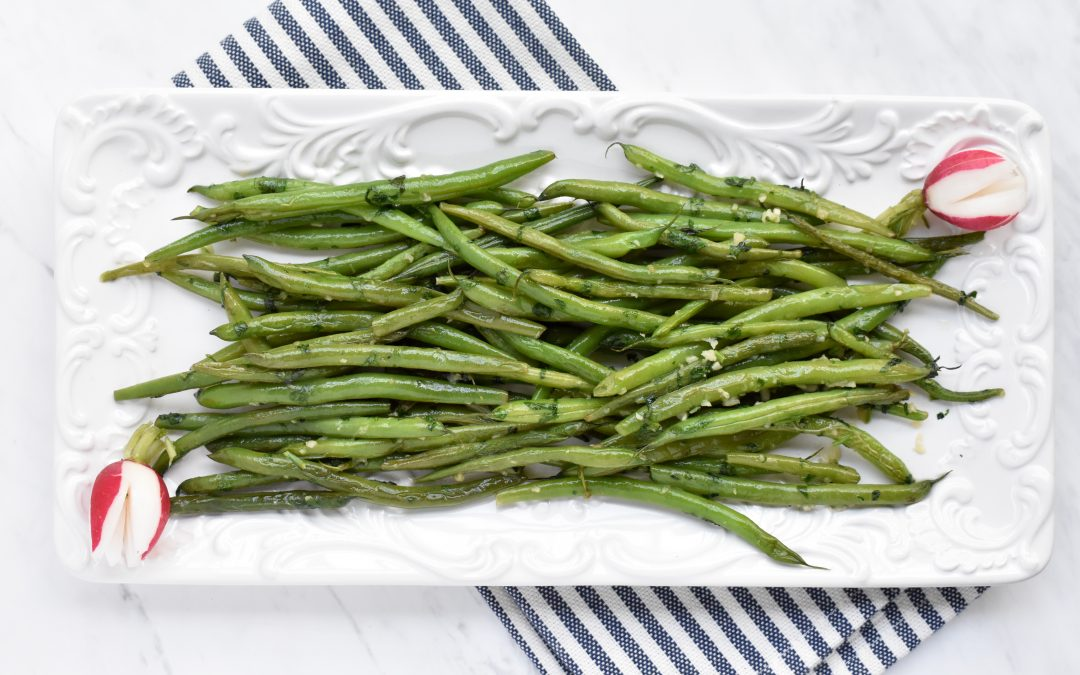 Mediterranean Green Beans with Cilantro and Garlic